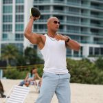 dwayne johnson ballers 106 throwing football 2015