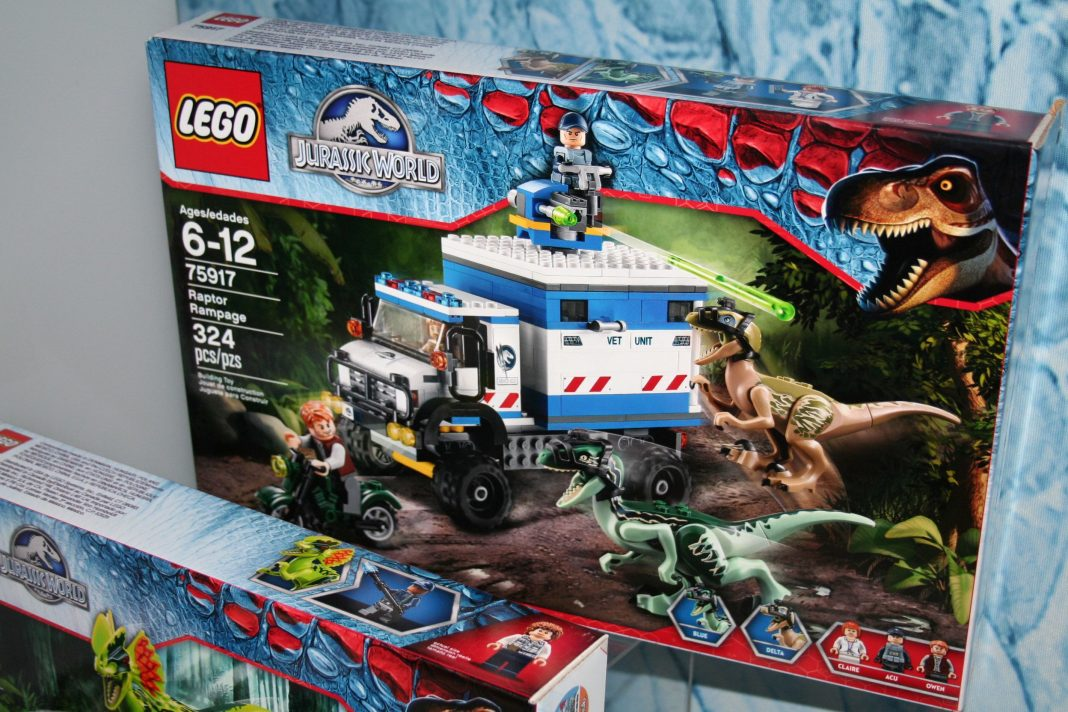 lego jurassic world review 2015
