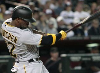 national league week 18 winners andrew mccutchen 2015 mlb