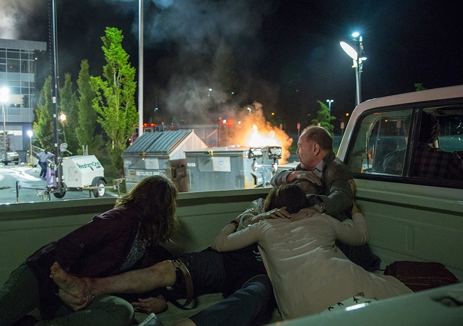 fear the walking dead 103 dog recap images 2015