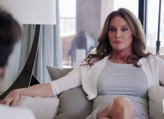 caitlyn jenner i am cait 107 with kris jenner 2015