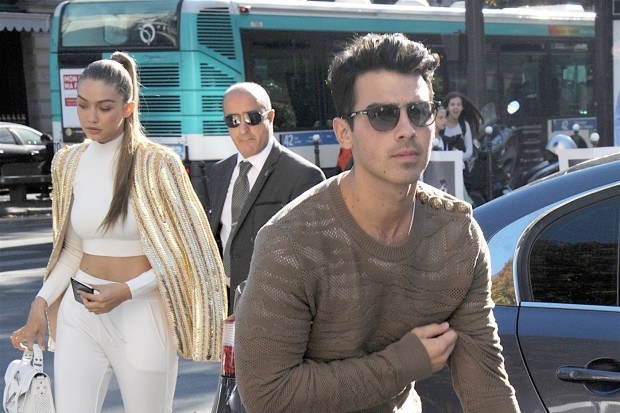 joe jonas lands gigi hadid after a decade 2015 gossip