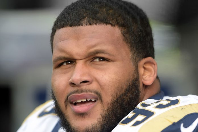 Early Picks from NFL Rookie Class of 2015 aaron donald images
