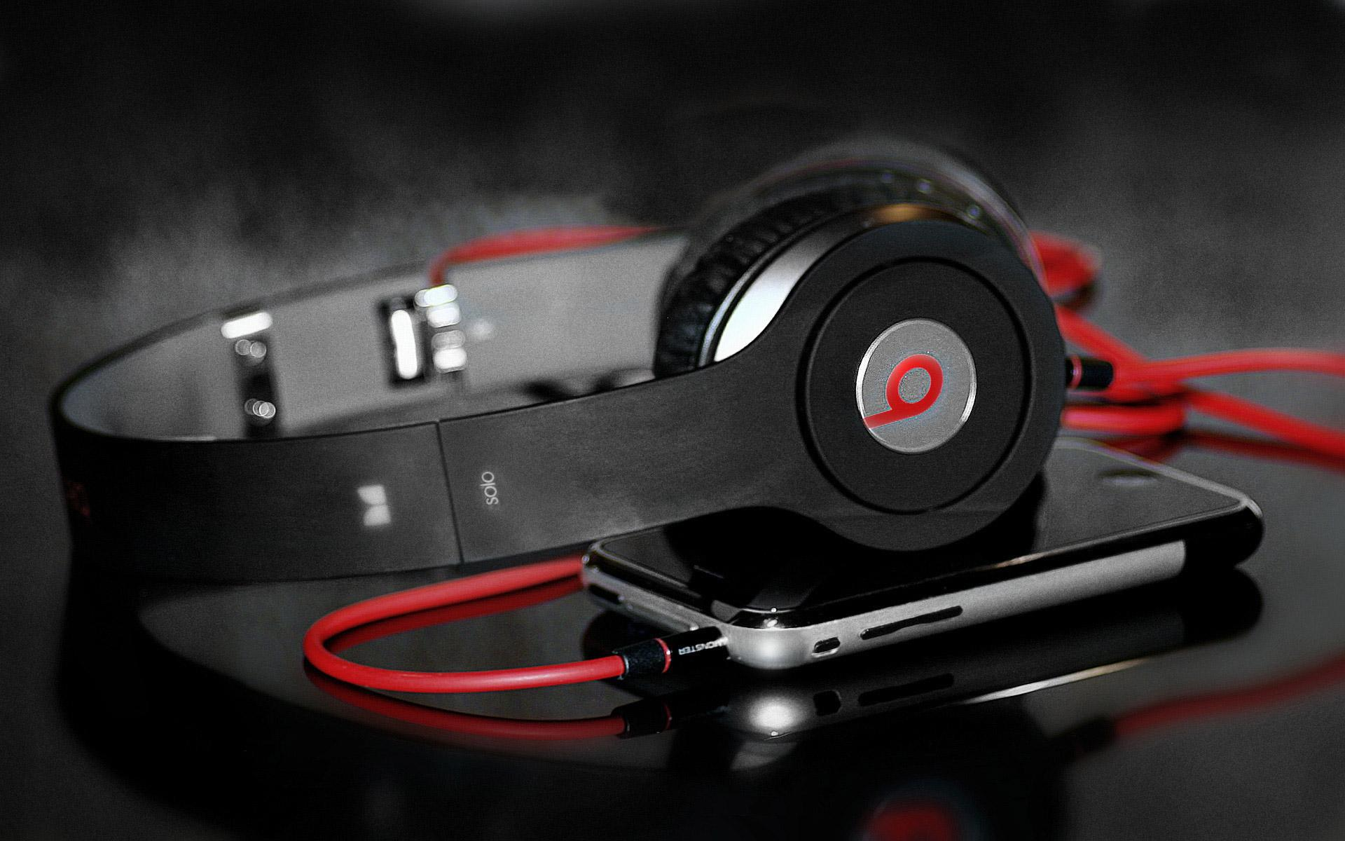 beats headphones movie tv tech geeks