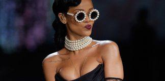 rihanna pulls out on victorias secret 2015 gossip