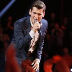 'The Voice' 916 Live Playoffs 2 & Zach Seabaugh Kills It With His Grindr
