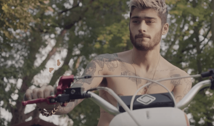 zayn malik steals some one direction thunder 2015 gossip