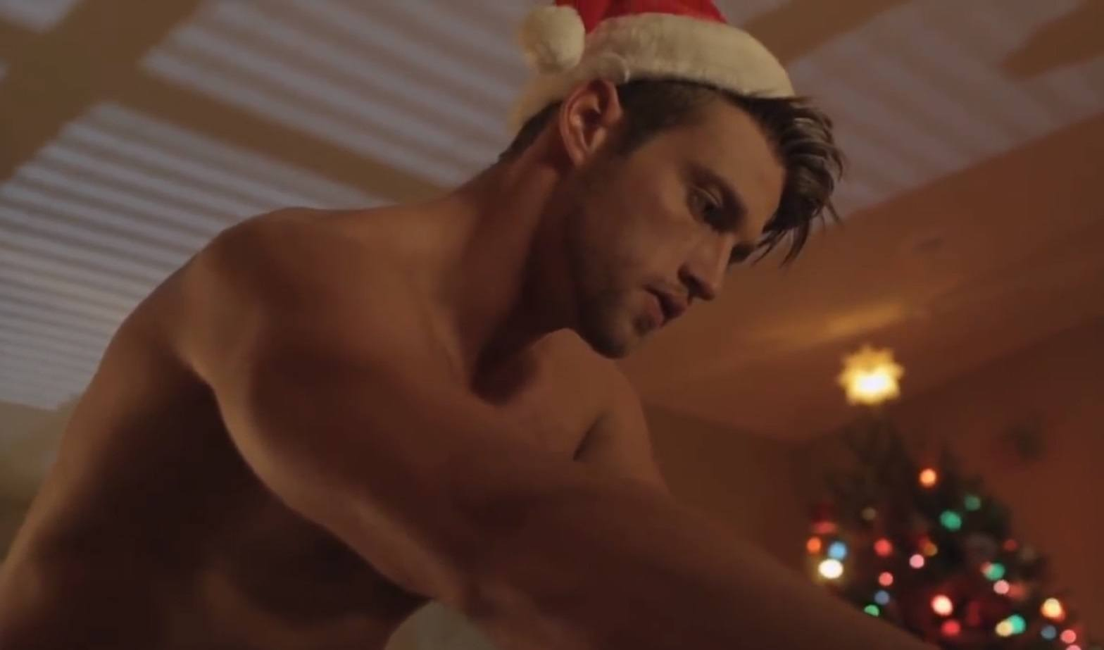 Heath Hutchins sexy hot male celebrity santas 2015