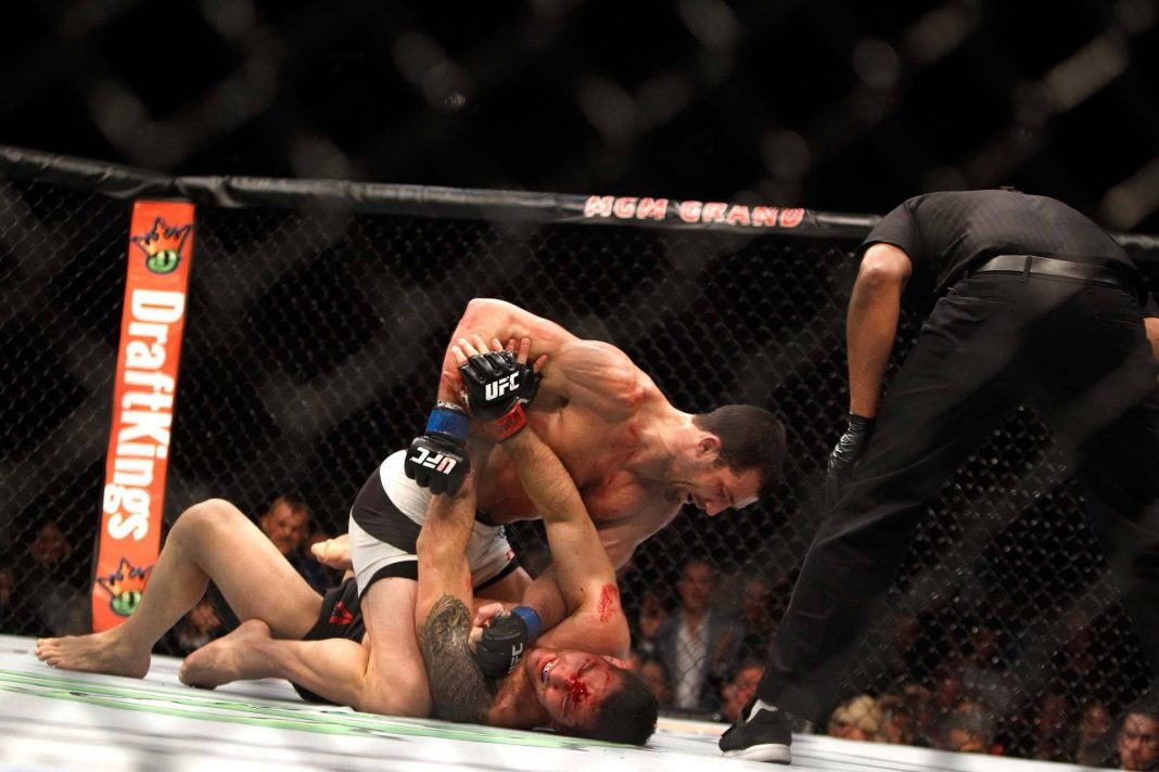 MMA weekly rockhold on weidman ufc fights 2015 images