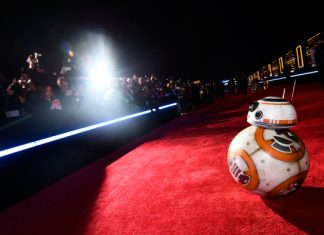 Star Wars The Force Awakens Premiere BB-8 2015 images