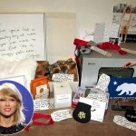 Taylor Swift Swiftmas Christmas 2015 gossip