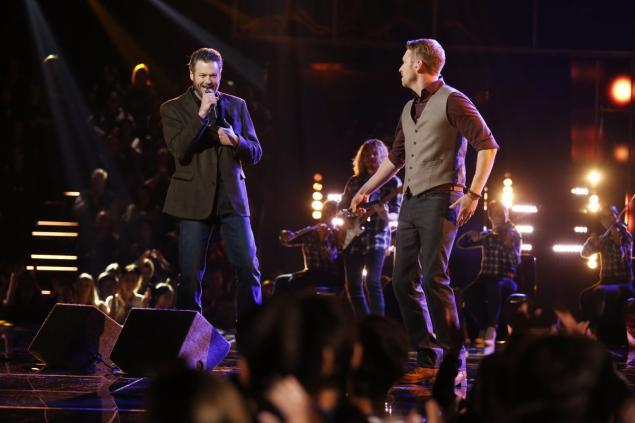 The Voice 926 Live Finales Kicking It 2015 blake bulge shelton images