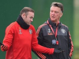 Wayne Rooney Manchester United working hard 2015 images
