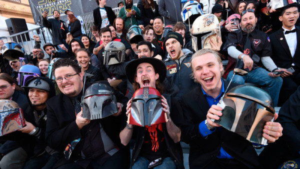 fans star wars premiere force awakens 2015