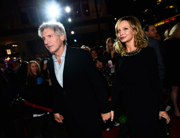 harrison-ford-and-calista-flockhart star wars premiere force awakens 2015