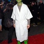 joseph-gordon-levitt yoda star wars premiere force awakens 2015