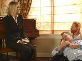 modern family 708 junk drawers 2015 images