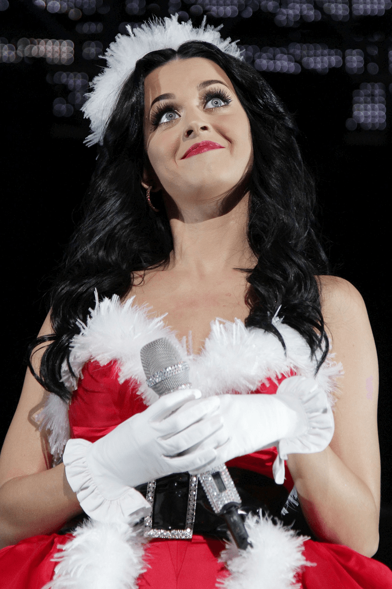 top 10 sexiest female celebrity santas 2015 holiday season images