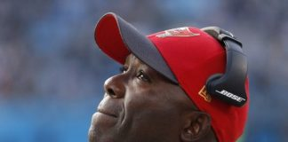 Tampa Bay Buccaneers Oust Head Coach Lovie Smith 2016 sports