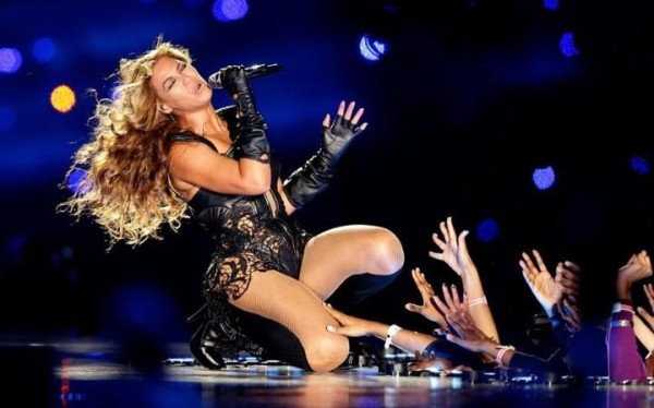 super bowl halftime show beyonce 2016 images hate