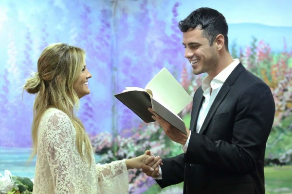 the bachelor ben higgins las vegas church