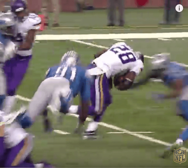 vikings adrian peterson hit hard 2016 nfl