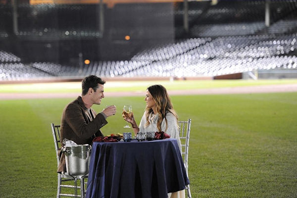 bachelor ben higgins in wrigley field on date