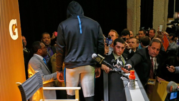 cam newton walks out on super bowl 50 press conference
