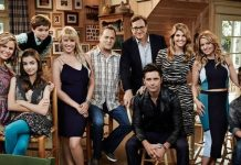 fuller house reboot strictly for diehard fans only review 2016 images