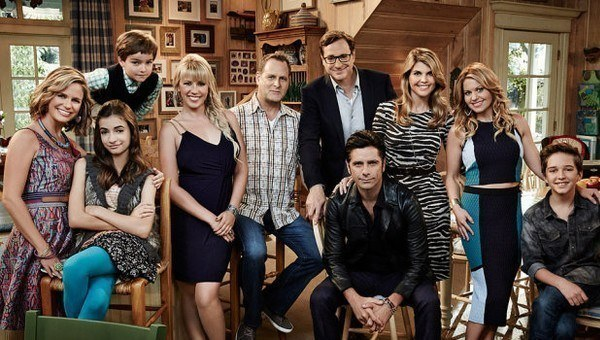 'Fuller House' reboot strictly for diehard fans only review 2016 images