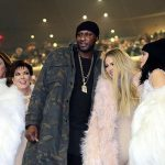 Khloe Kardashian's holiday with Lamar Odom & 'The Walking Dead' eyesore