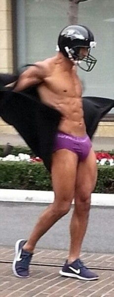 mario lopez super bowl streaking