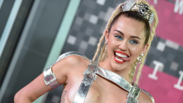 miley cyrus taking on the voice licking christina aguileras button 2016 gossip