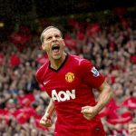 rio ferdinand supporting ryan giggs