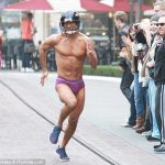 super bowl fan mario lopez streaking underwear bulge nfl 2016 images