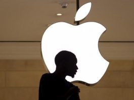 apple can't catch a break in 2016 tech