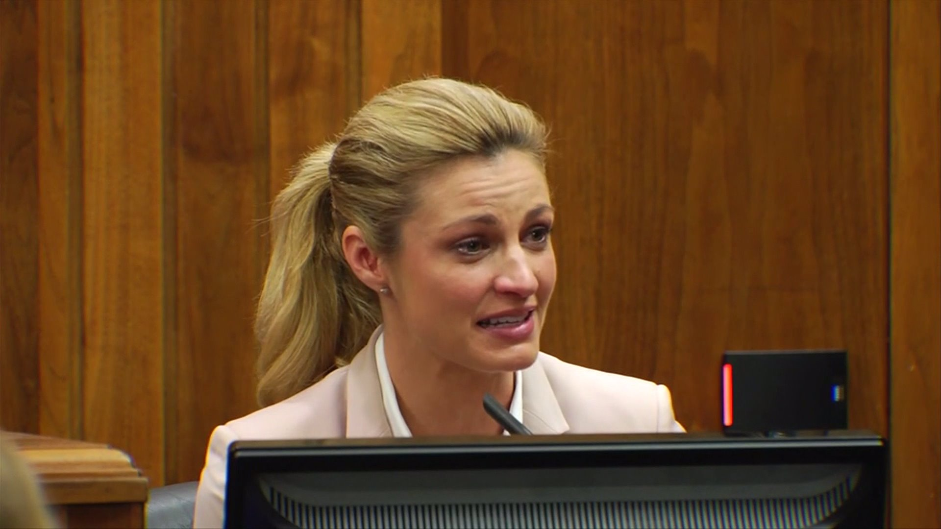 erin andrews wins legal fight but nude video still online 2016 gossip