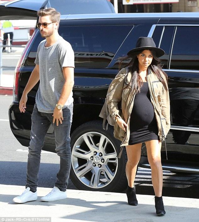 kourtney kardashian pregnant with scott disick