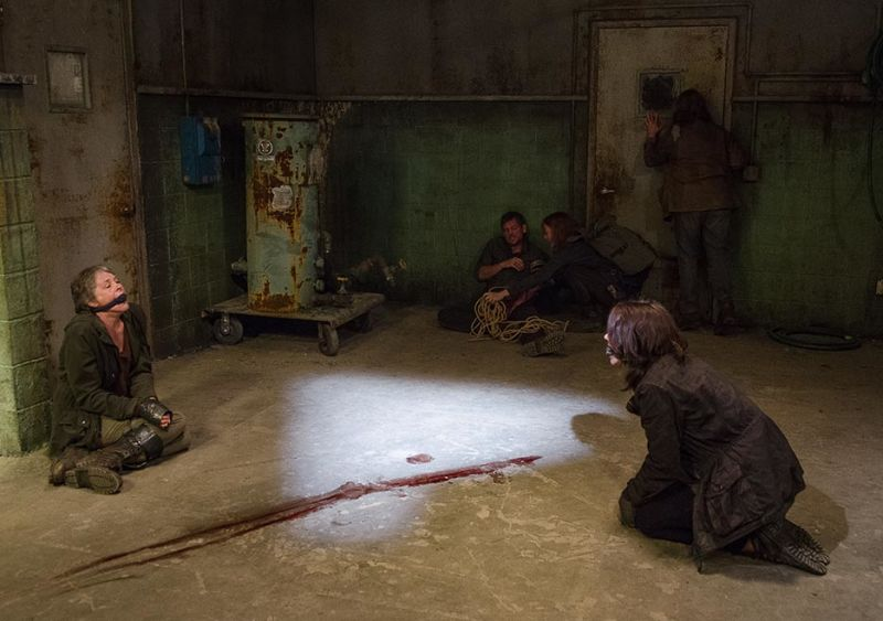 the walking dead 613 same boat carol and maggie face themselves 2016 images