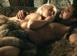 Emilia Clarke wants more 'Game of Thrones' naked men and Liam Hemsworth 2016 gossip