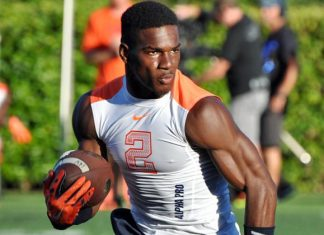 Mark Walton indefinitely suspended by Miami Hurricanes after DUI charge 2016 images