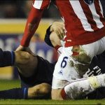 aaron ramsey leg injury soccer players 2016