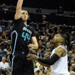 Charlotte Hornets sting Miami Heat 96-80 breaking 12 game losing streak