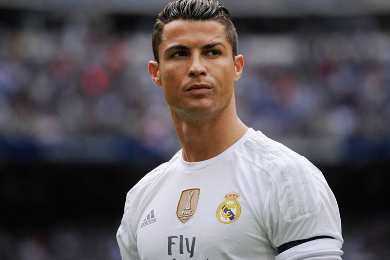 cristiano ronaldo hit with gay slurs after barcelona victory 2016 images