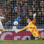 cristiano ronaldo scoring for real madrid 2016 soccer