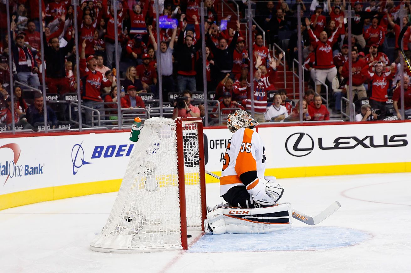 flyers steve mason lost capitals game 2016 between legs