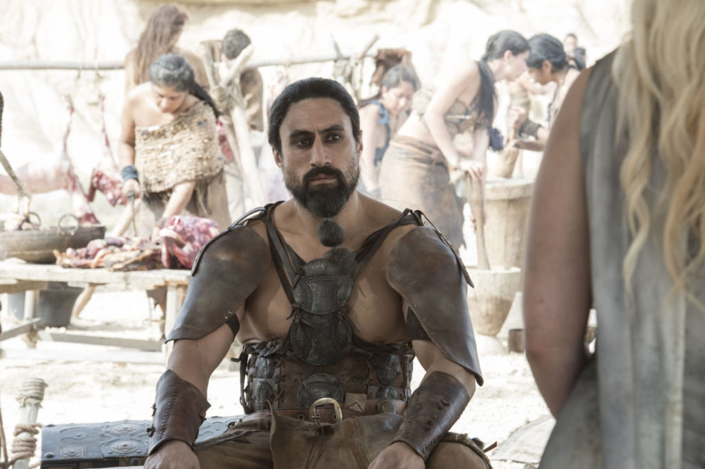 game of thrones 601 daenery with dothraki leader