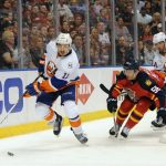 islanders defeat panthers 2-1