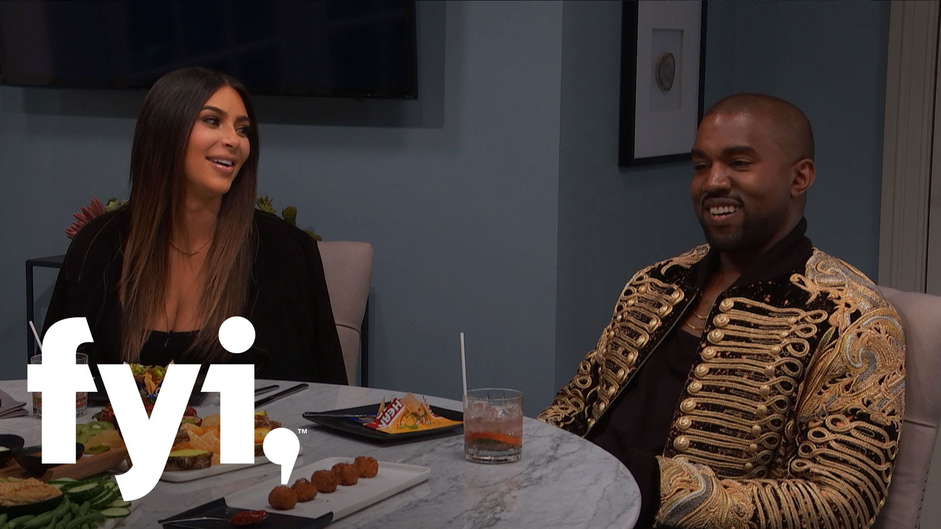 kanye west tried talking kim kardashian away from kris humphries 2016 image