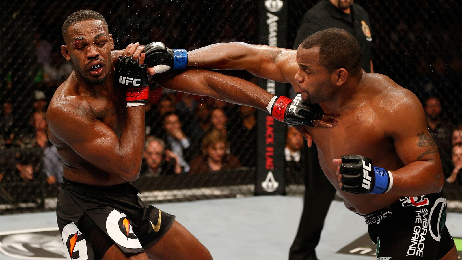 Daniel Cormier vs Jon Jones 2 coming 2016 images